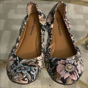 Lucky Floral Flats